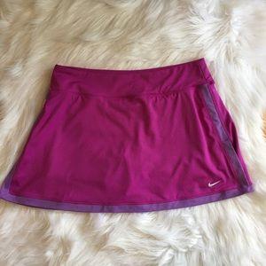 Women's Nike Pink Skort Size Medium